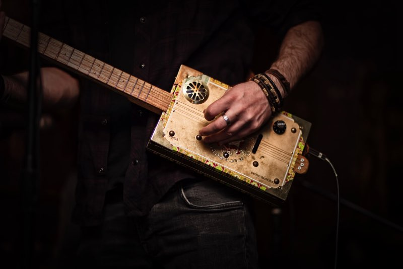 Ben Hemming's cigar box guitar